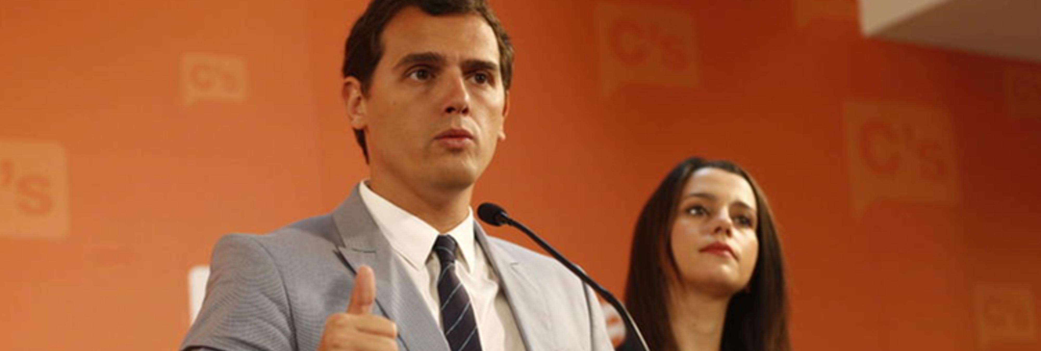 Ciudadanos ganaría rotundamente las elecciones a La Moncloa y se aleja del PP y PSOE