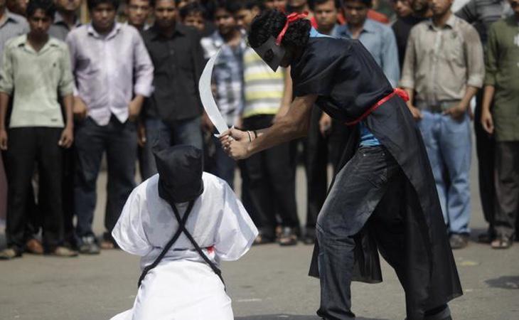La homosexualidad se llega a condenar con penas de muerte