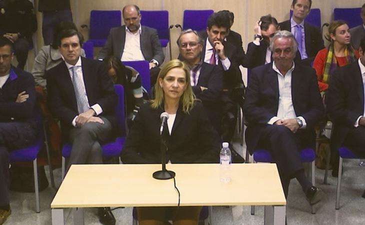 La declaración de la Infanta por el caso Noos, uno de los peores momentos de la Familia Real