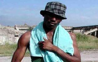 El negro del WhatsApp reaparece en un festival erótico de Brasil