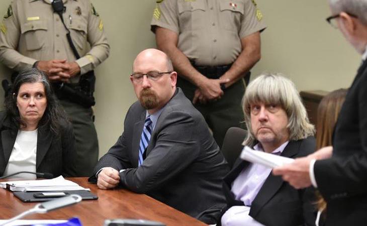 Louisa Anne Turpin y David Turpin durante el juicio