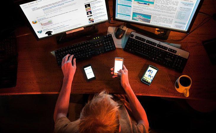 El joven dedicaba muchas horas a jugar online