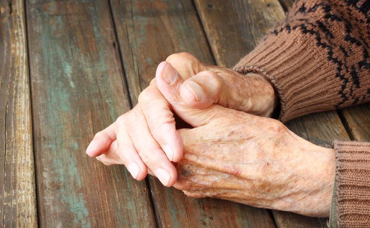 Más de un milón de personas mayores viven solas en España