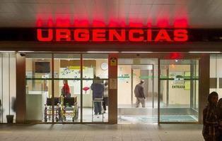 Muere un médico de Urgencias al tratar a 40 pacientes en una sola noche