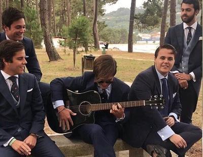 El hijo de Federico Trillo indigna con el nombre de su grupo de música, Modo Avión