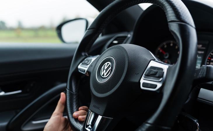 Volksvaguen protagonizó en 2015 otro caso por haberinstalado en sus vehículos un programa informático diseñado para evitar los límites a las emisiones