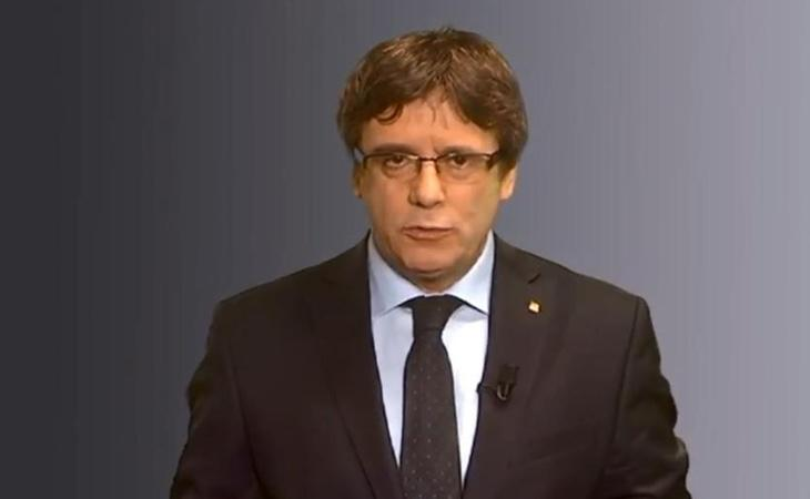 Puigdemont se mostró como el único presidenciable en un mensaje dirigido a todos los catalanes