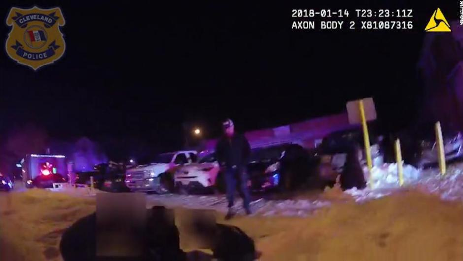 Un joven recibe 16 disparos y los servicios médicos le negan una ambulancia
