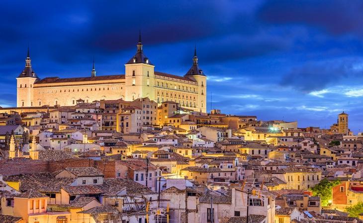 Toledo muestra la historia de España que representa, ofreciendo un legado romano, visigodo, musulmán, judío y cristiano