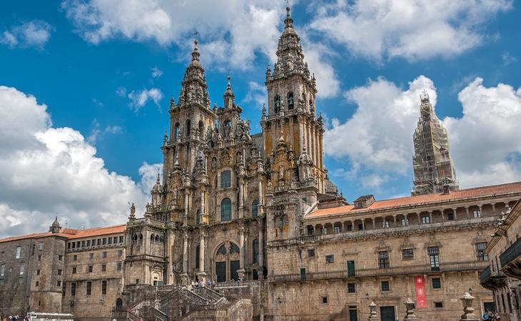 La catedral es el final del Camino de Santiago