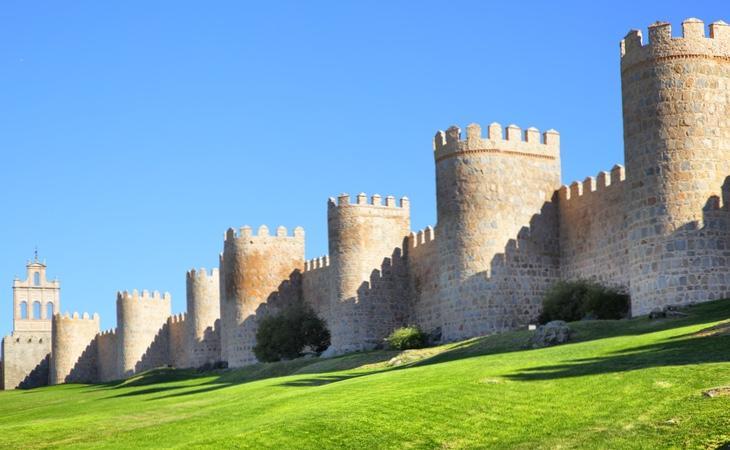 La famosa y visitada muralla medieval de Ávila