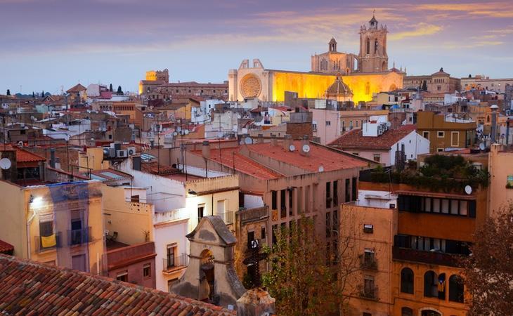 La ciudad presume de una colección única de monumentos romanos y medievales