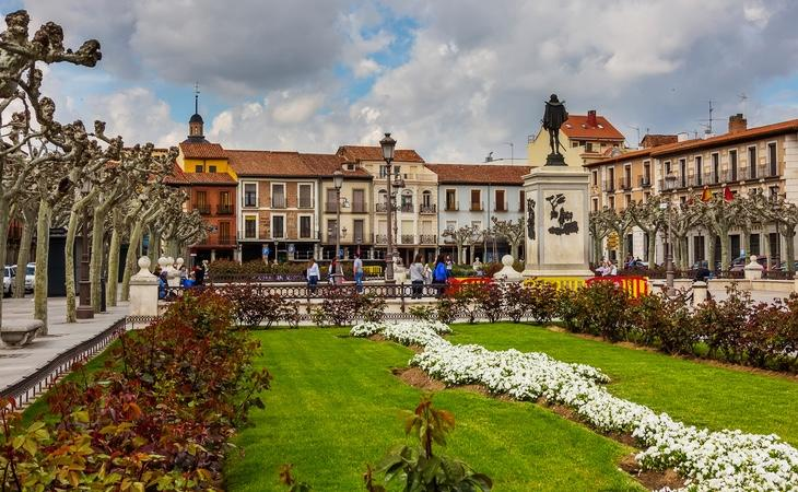 Alcalá de Henares es la primera ciudad diseñada y construida especialmente como sede de una universidad