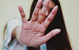 Los ataques contra la mujer fuera de la pareja serán reconocidos como violencia machista