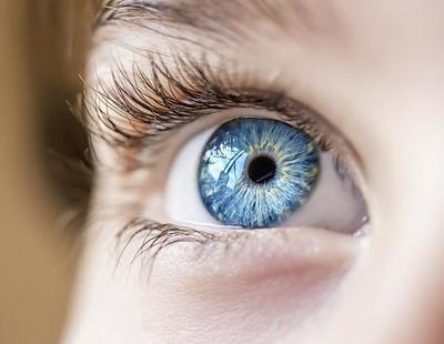¿Es posible desafiar a la genética y conseguir tener ojos azules?