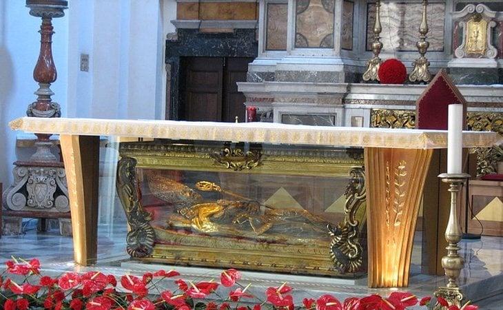 Supuesta tumba de San Valentín en la Basílica homónima de la ciudad de Terni