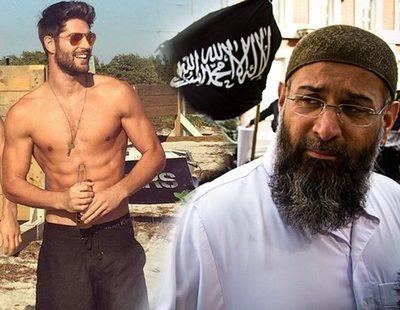 """La guía para encarcelar gays en Malasia: """"llevan ropa ceñida y de marca para enseñar los abdominales"""""""