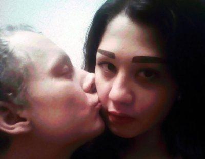 Una joven de 21 asesina a su novio durante un juego sexual y después lo descuartiza