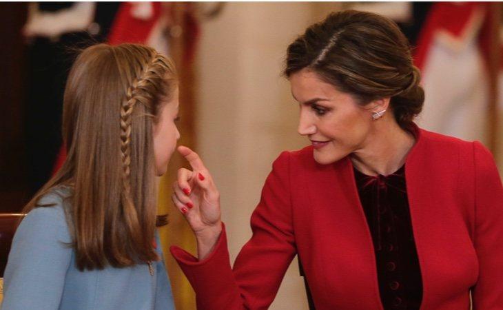 La reina ha contratado a la estilista Eva Fernández