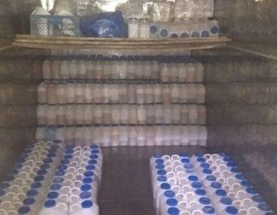 La Policía clausura un almacén ilegal con mil litros de pis de mujeres menopáusicas
