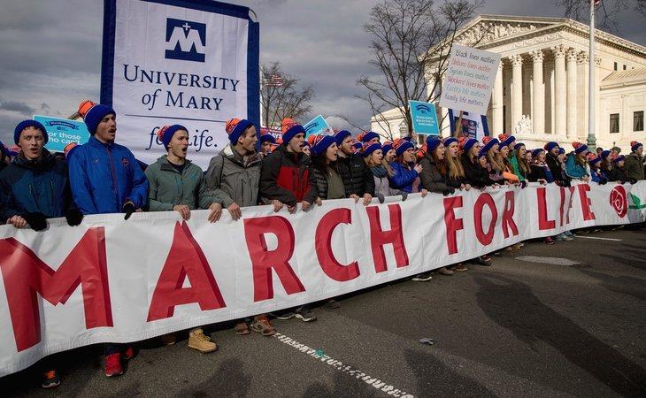 Trump estuvo presente en la 'Marcha por la vida' de enero