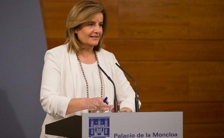 La Ministra de Trabajo, Fátima Báñez, ya se ha visto obligada a tirar de los presupuestos para garantizar el pago de las pensiones