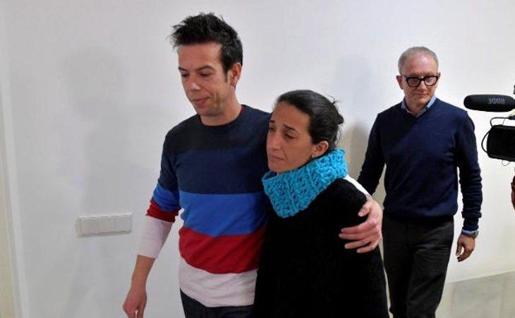 Los padres de Gabriel hundidos después de atender a la prensa