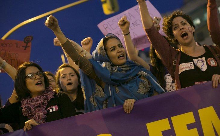 El y la votante de izquierda, más sensibilizada con la huelga feminista