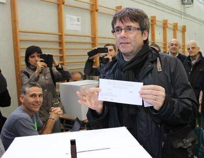 La Generalitat seguirá con la 'nueva República' para seducir a la CUP con otro referéndum