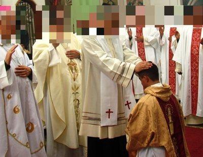 Un grupo de curas denunciado por pederastia continúa ejerciendo con el apoyo de la Iglesia