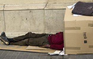 En libertad tres jóvenes de Bilbao tras pegar y arrojar a una fuente a un hombre sin techo