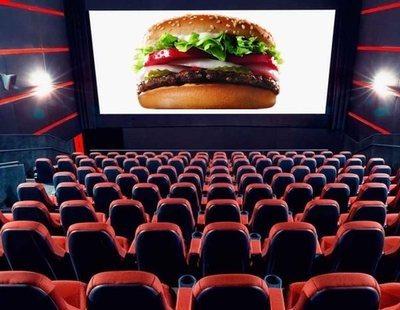Multan a un cine con 6.000 euros por prohibir a un espectador meter una hamburguesa