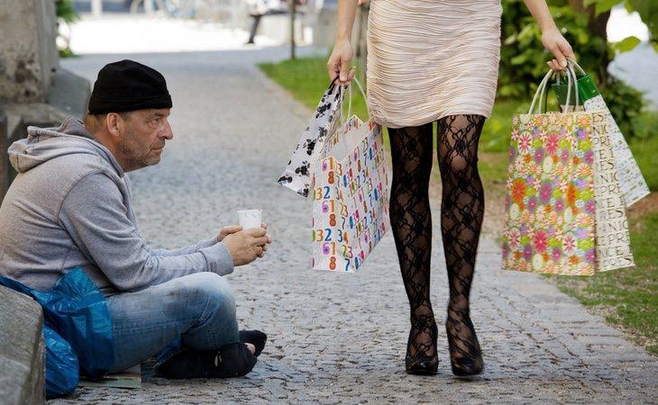 El estudio desveló que los ricos se preocupaban menos por lo que pasaba a su alrededor