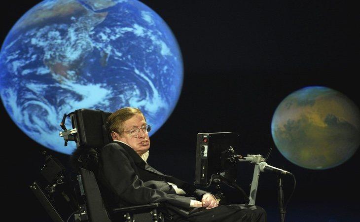 Stephen Hawking demostró la existencia de los agujeros negros