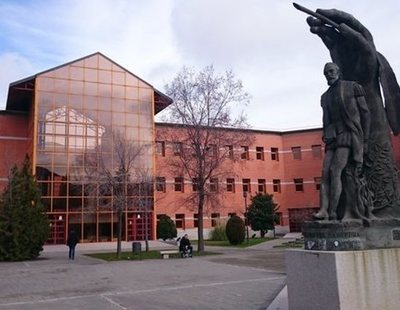 Acusan a la Universidad Rey Juan Carlos de ofrecer pagos en negro a profesores
