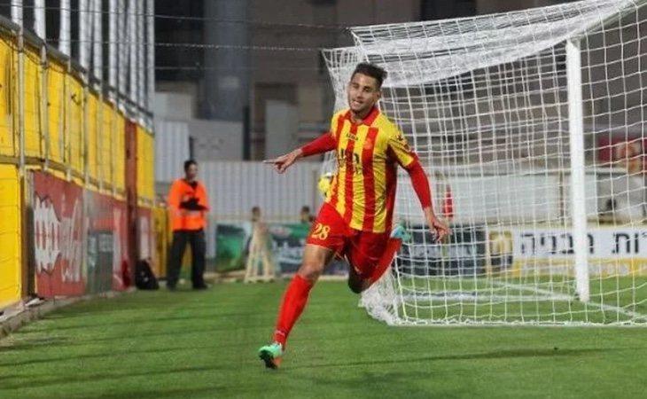 Varenne ha participado en varios equipos futbolísticos