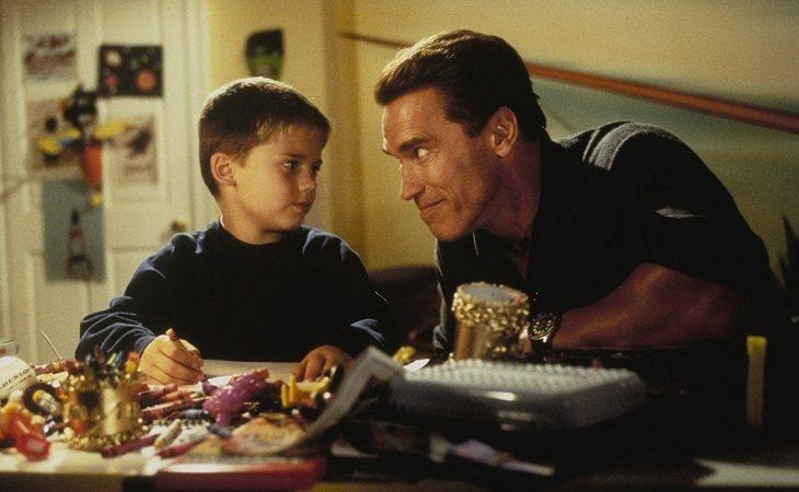 Arnold Schwarzenegger en 'Un padre en apuros'