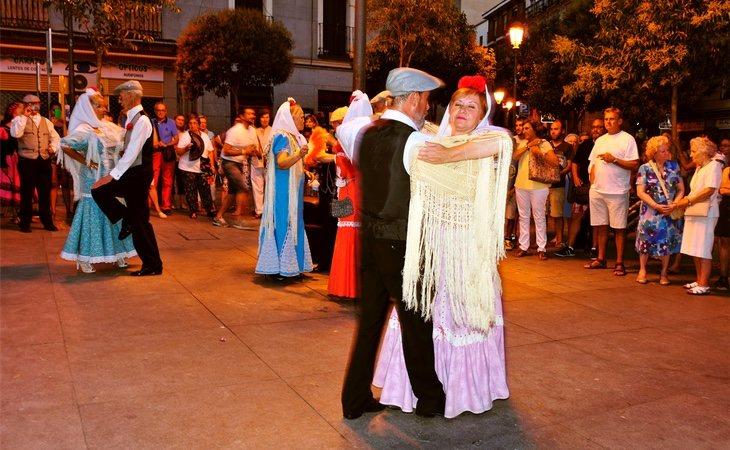 Los madrileños tienen la vestimenta preparada todo el año