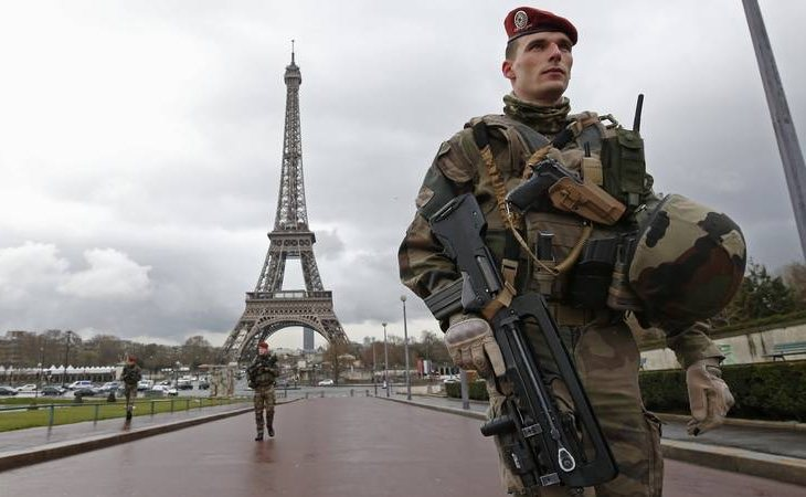 La oleada de atentados ha desestabilizado completamente a Francia