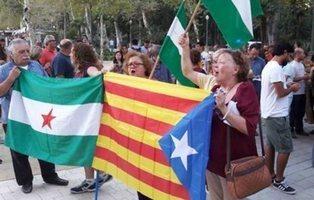Los independentistas andaluces y catalanes buscan un pacto para ir a los comicios de 2019