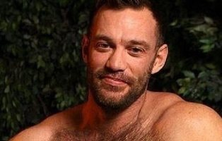Despiden a un profesor de matemáticas porque sus alumnos descubren que fue actor porno gay