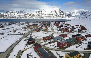 Longyearbyen, la isla noruega donde está prohibido morirse