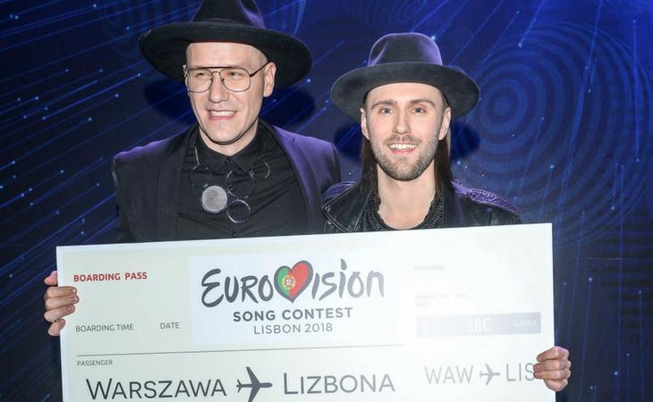 El dúo con su billete a Lisboa