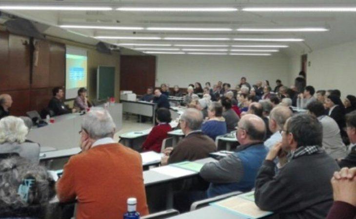 Una de las asambleas organizadas por la Iglesia catalana