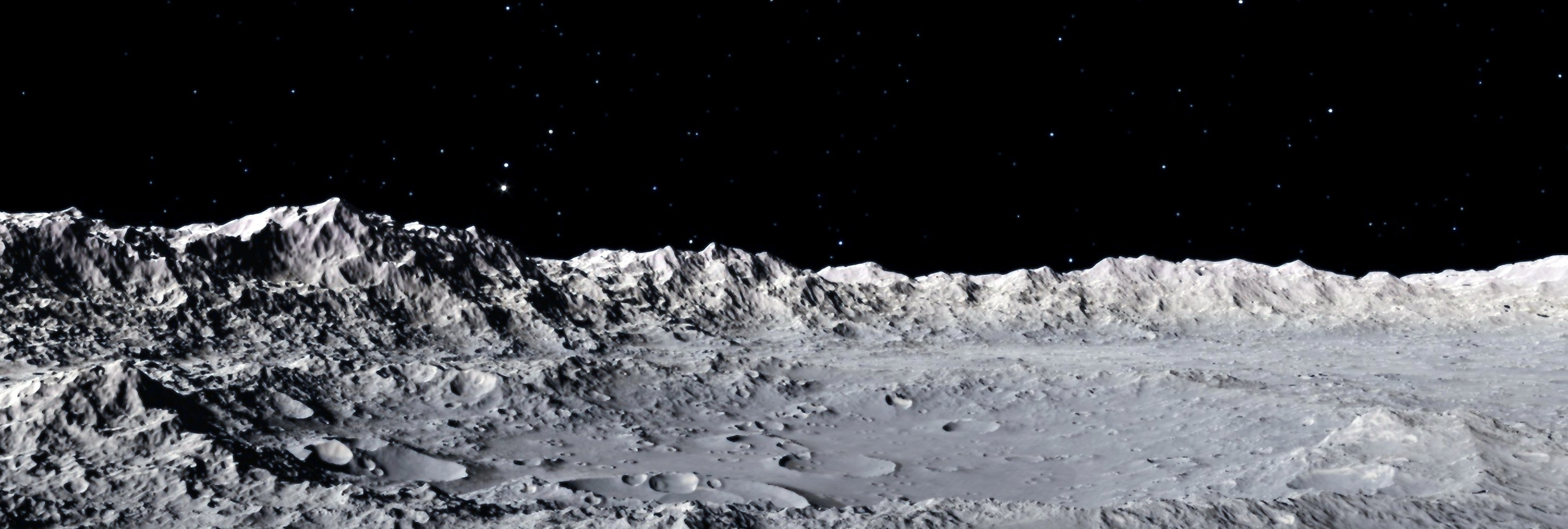 Un miembro de la CIA revela que la Luna está habitada por 250 millones de seres en su subsuelo