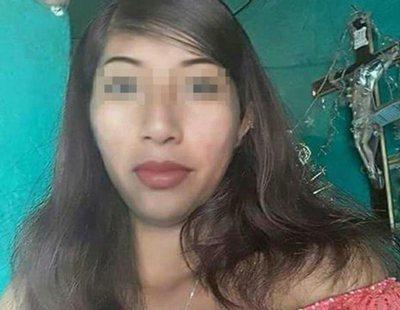 Una mujer asesina a una embarazada y extrae su bebé del vientre