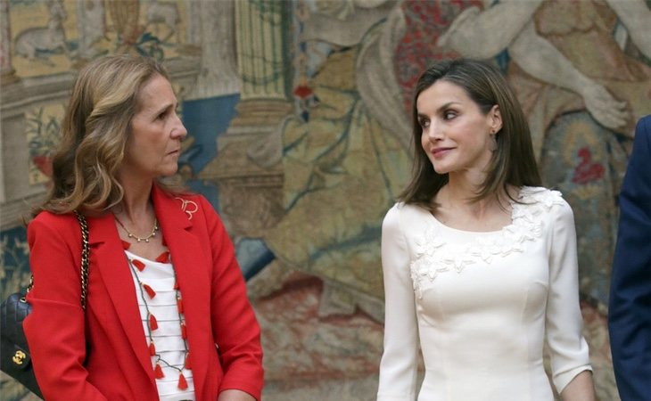 La Infanta Elena se alegró de que abuchearan a Letizia después de lo sucedido
