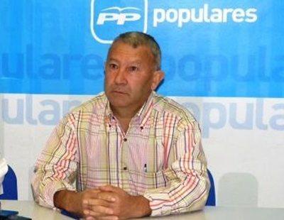 El alcalde del PP de un pueblo de Cuenca se niega a dar explicaciones por su sueldo