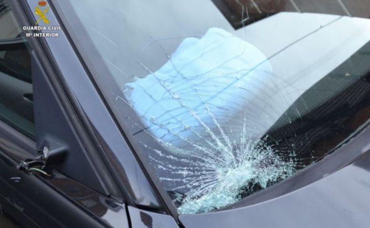 El coche en el que se produjo el siniestro ha sido mostrado por la Guardia Civil