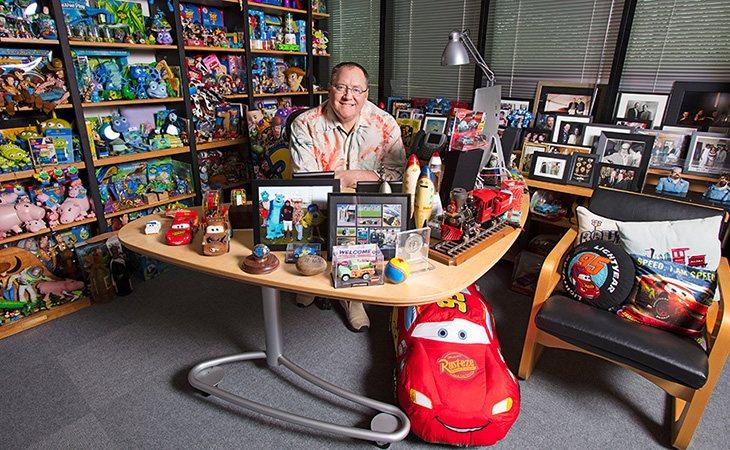 Lasseter tuvo que dejar la dirección de la película por las denuncias de acoso sexual